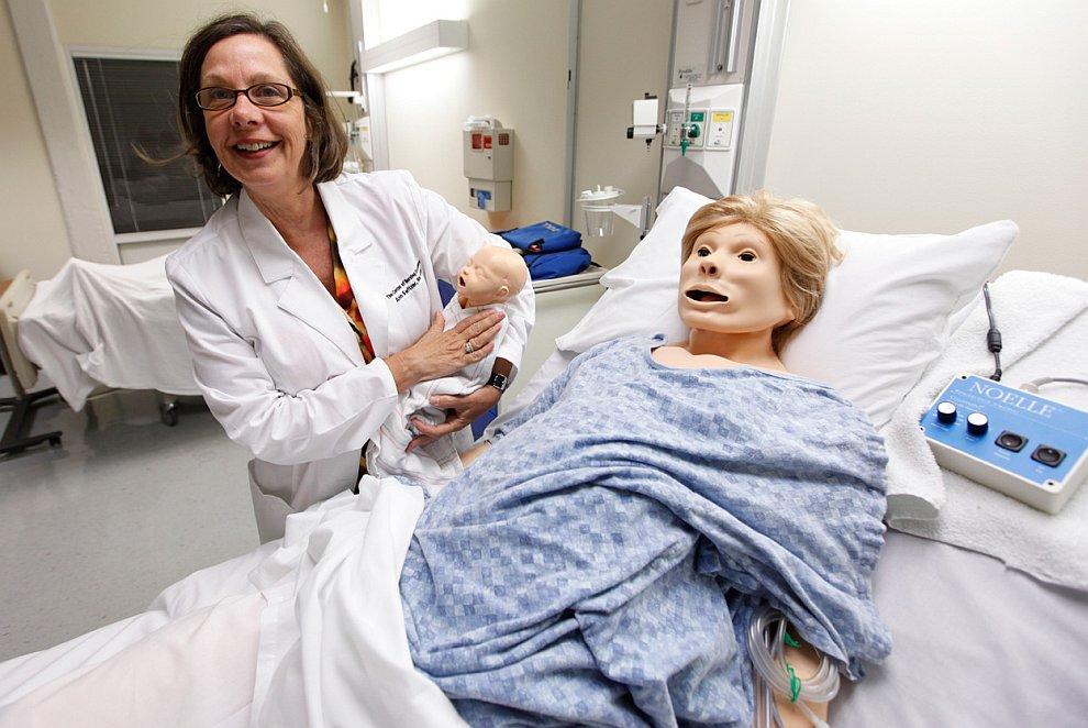В медицинском колледже штата Вирджиния идет обучение с использованием роботизированных «пациентов»