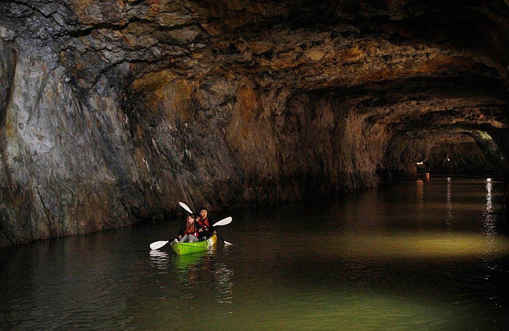 Подземный водный тоннель