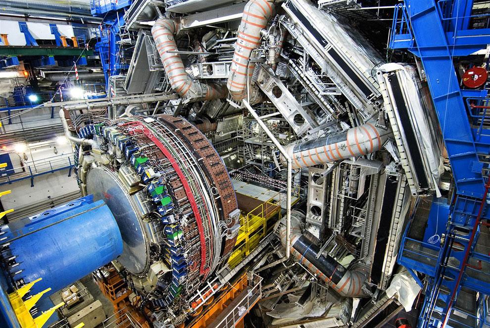 Один из торцевых калориметров детектора ATLAS