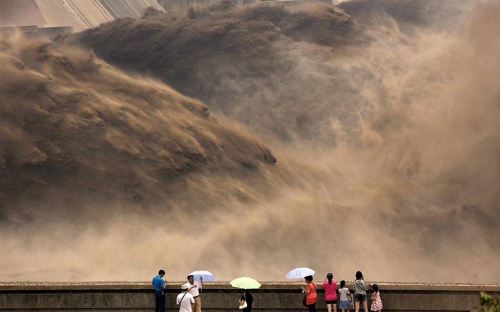 Открытие водохранилища на знаменитой реке Хуанхэ