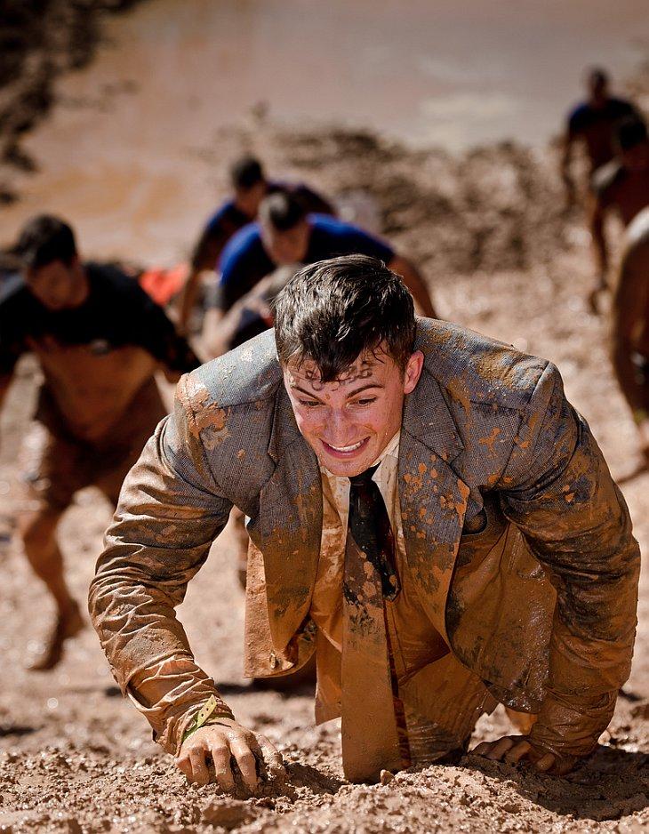 Соревнования Tough Mudder