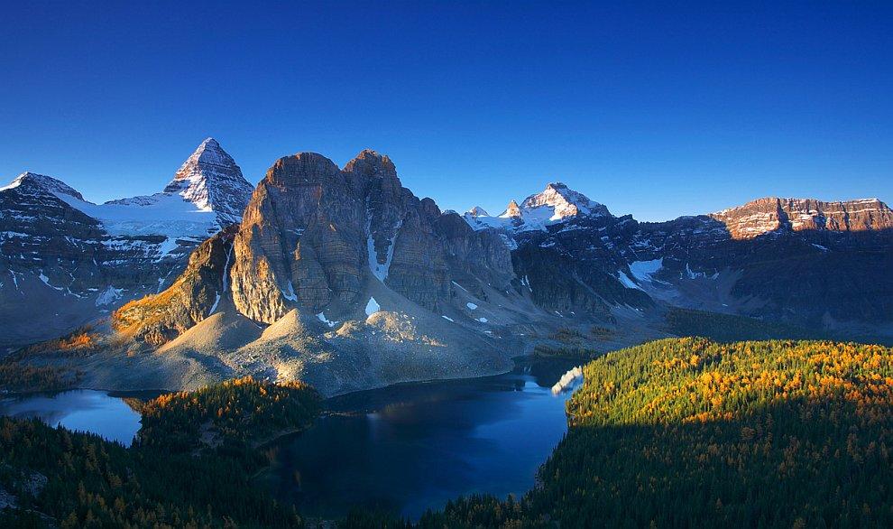 Гора Ассинибойн