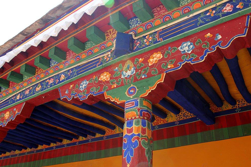Типичный тибетский орнамент