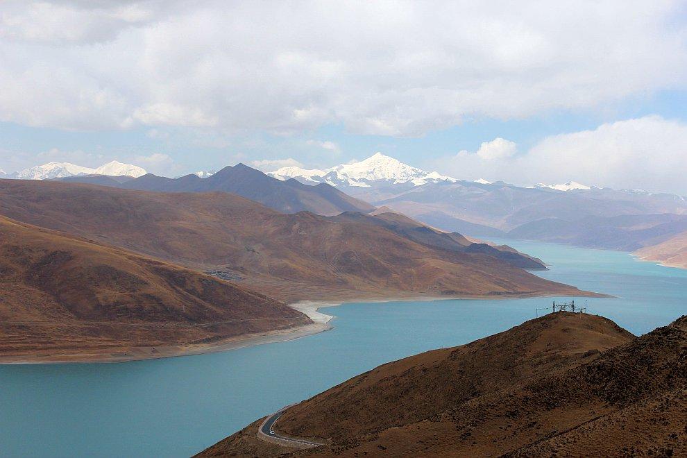 Озеро Ямдрок Тсо