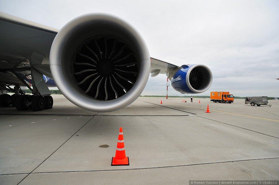 Boeing 747-8F