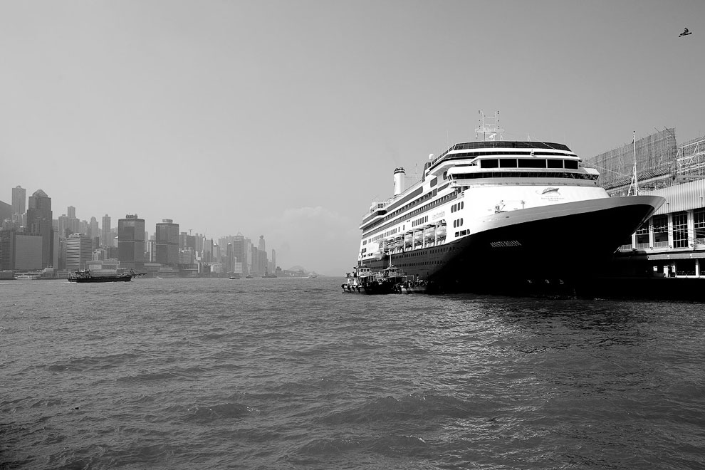 Черно-белый Гонконг