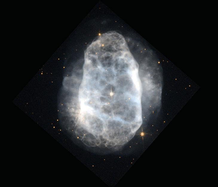 Снимок планетарной туманности NGC 6153 в созвездии Скорпиона
