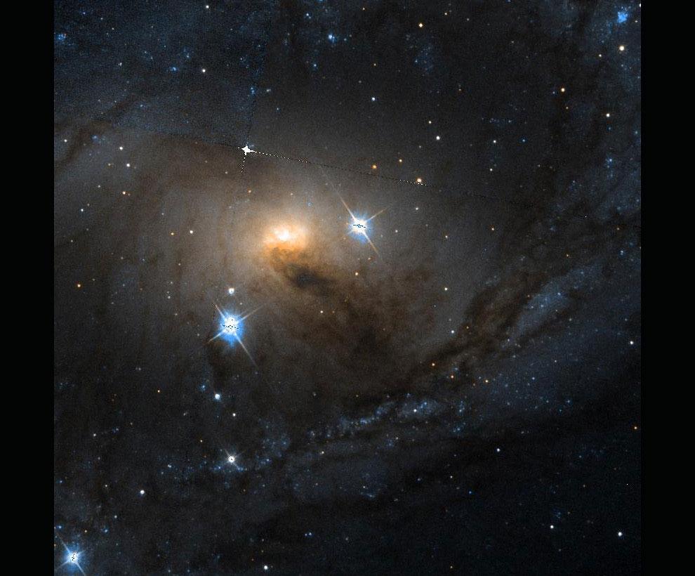 Спиральная галактика с перемычкой NGC 6300