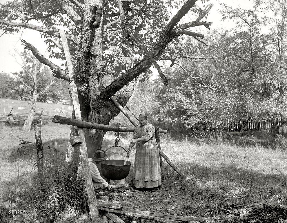 Жизнь в деревне: приготовление мыла. Пенсильвания, 1900 год
