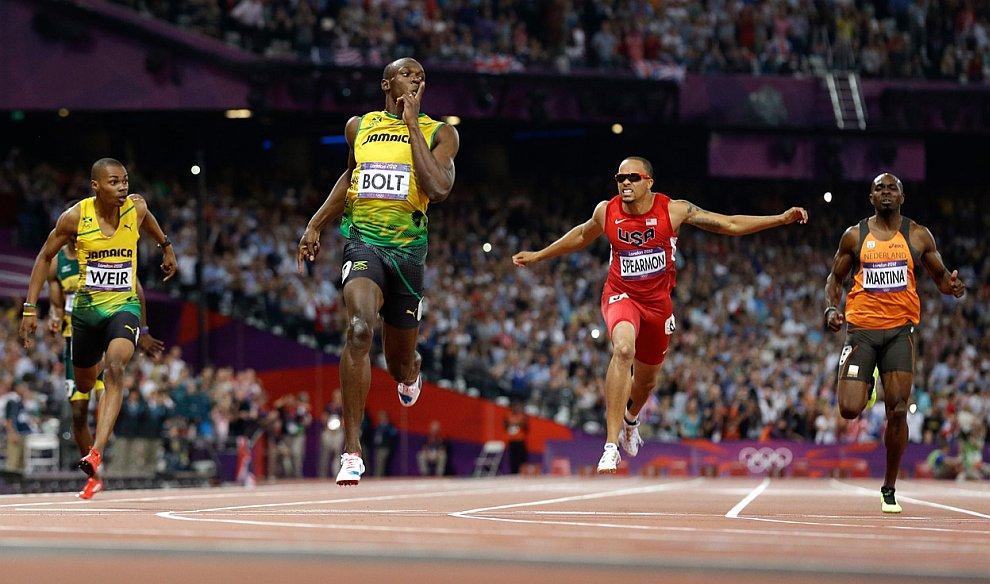 Легендарный и неподражаемый ямайский спринтер Усэйн Болт стал пятикратным! олимпийским чемпионом, победив на в Лондоне в беге на 200 м