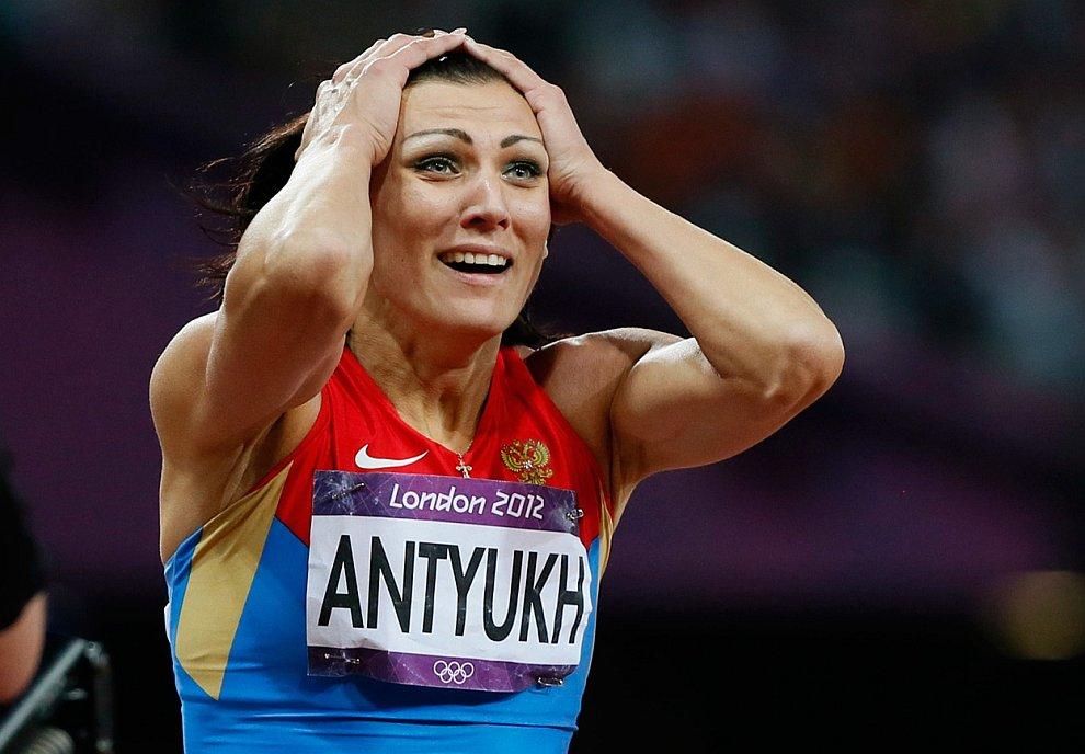 Наталья Антюх после победы на Олимпийском стадионе в Лондоне
