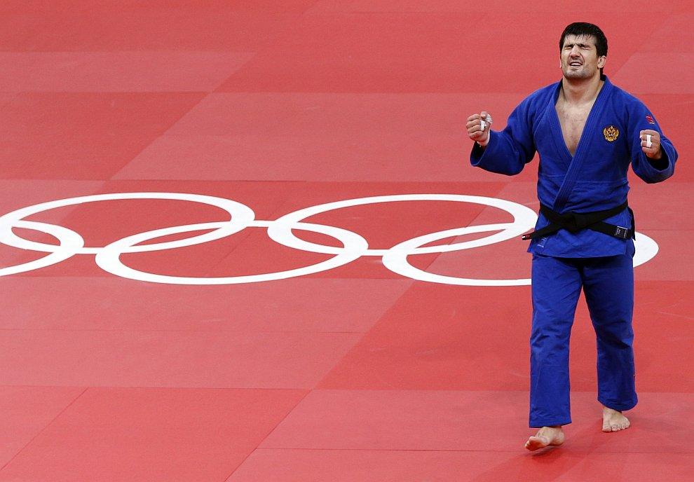 Тагир Хайбулаев выиграл финал у олимпийского чемпиона Пекина монгола Найдана Туйшинбаяра