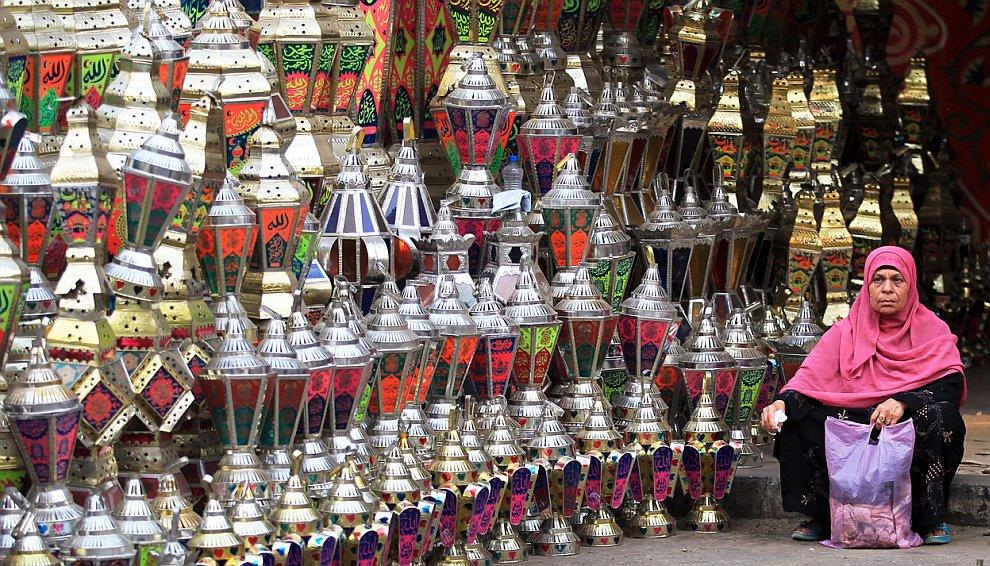 Лавка по продаже так называемых фонарей Рамадана