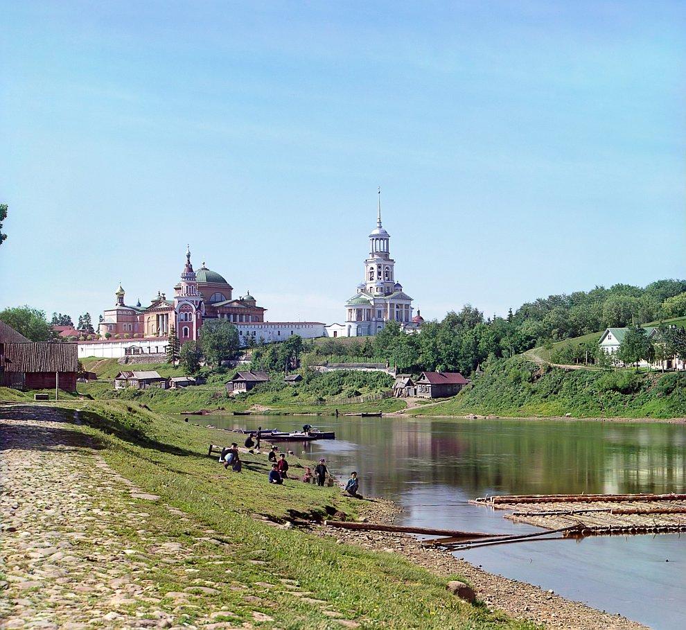 Тверская область, Торжокский район, Борисоглебский монастырь с моста, 1910 год