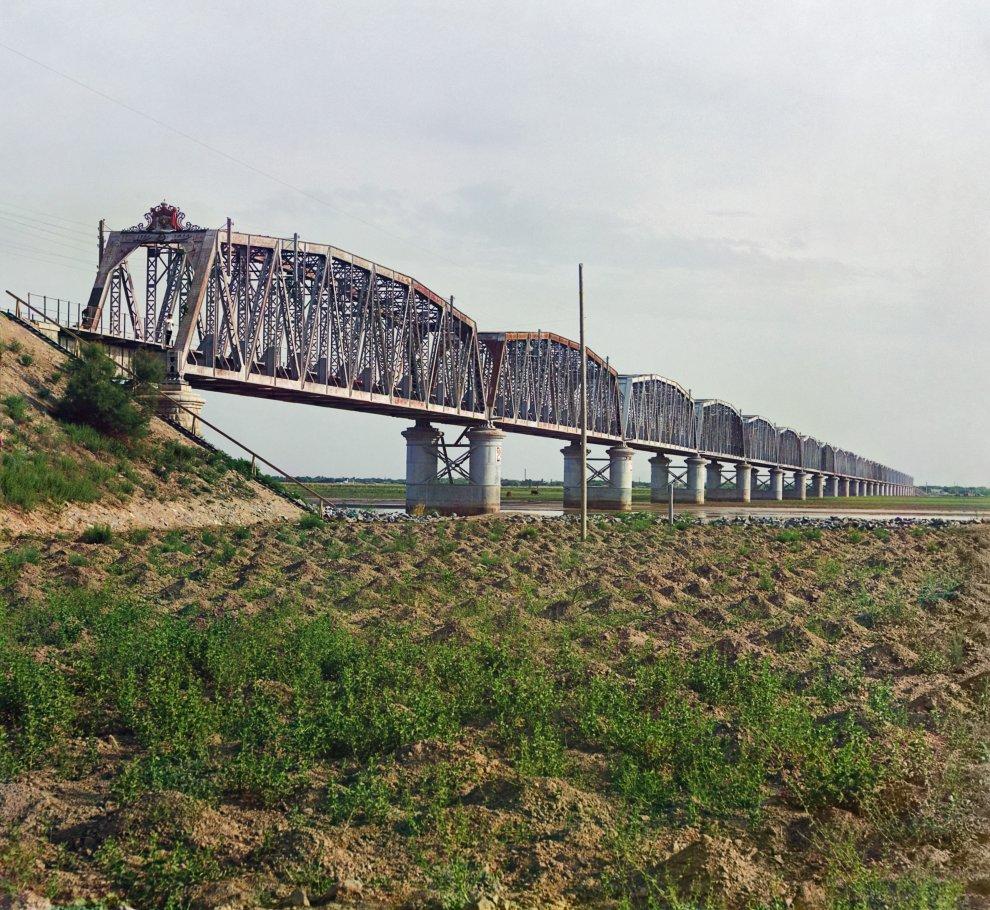 Туркменистан. Аму-дарьинский (Чарджуйский) мост на Аму-Дарье, на Среднеазиатской железной дороге, у Чарджоу, 1915 год