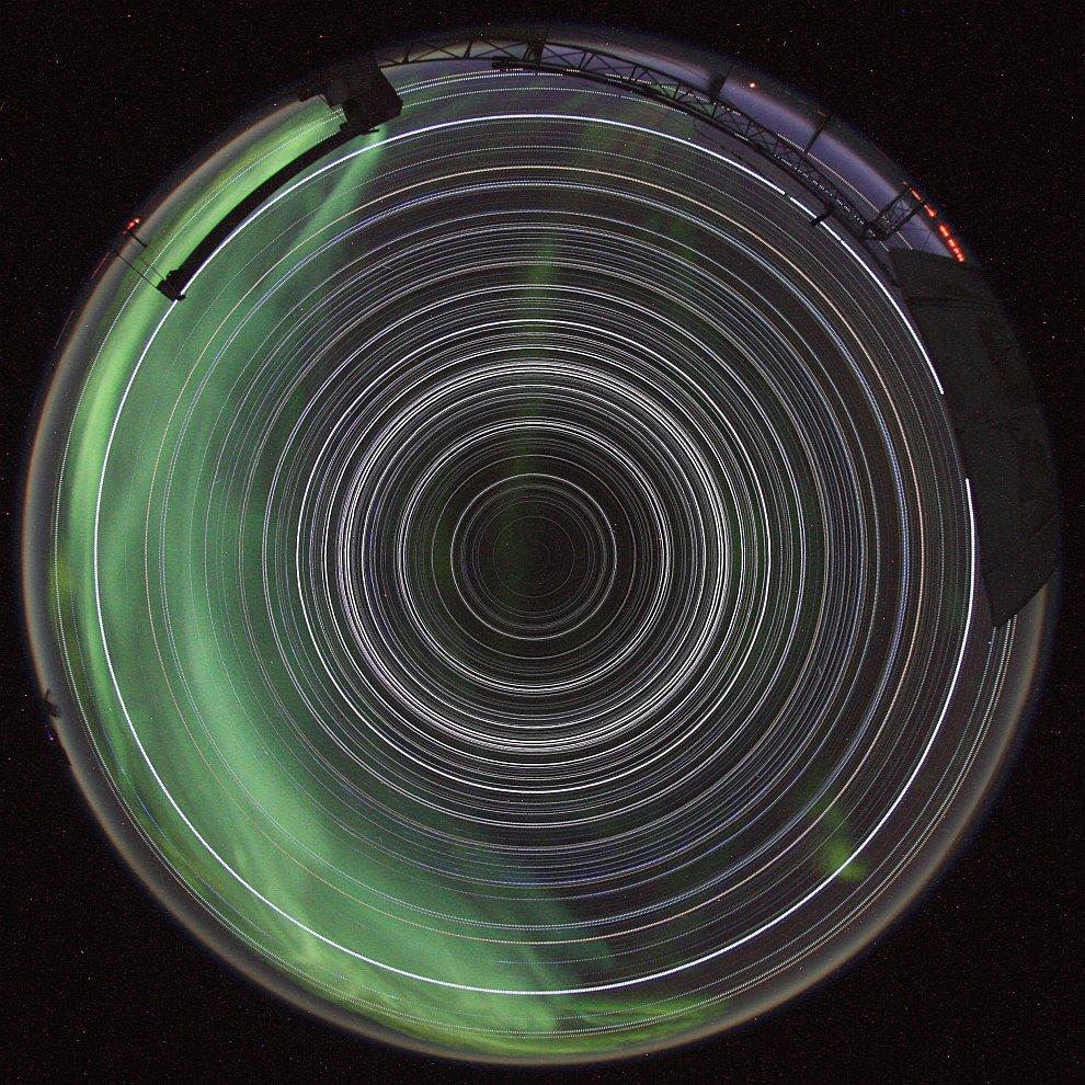 Звездные треки над Южным полюсом