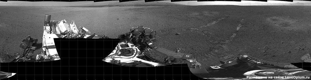 Следы марсохода Curiosity на Красной планете