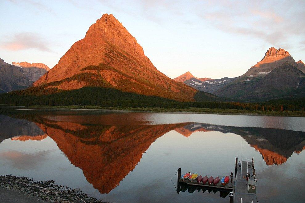 Рассвет в Национальном парке Глейшер, Канада