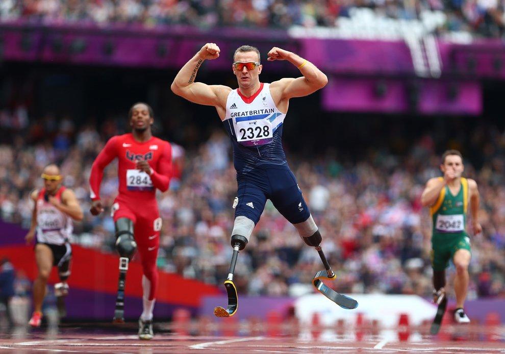 Британец Ричард Уайтхед — паралимпийский чемпион в беге на 200 м
