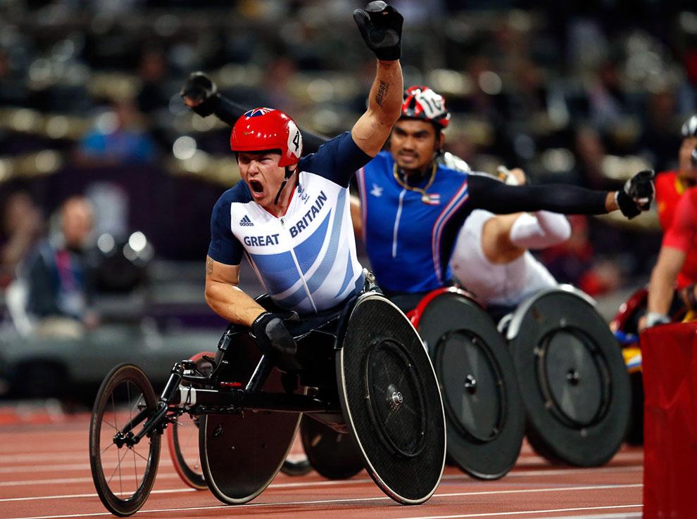 Победитель гонок на колясках на 1 500 метров, золотой медалист Дэвид Уир