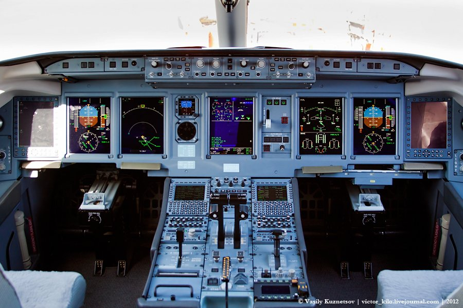 SuperJet cockpit