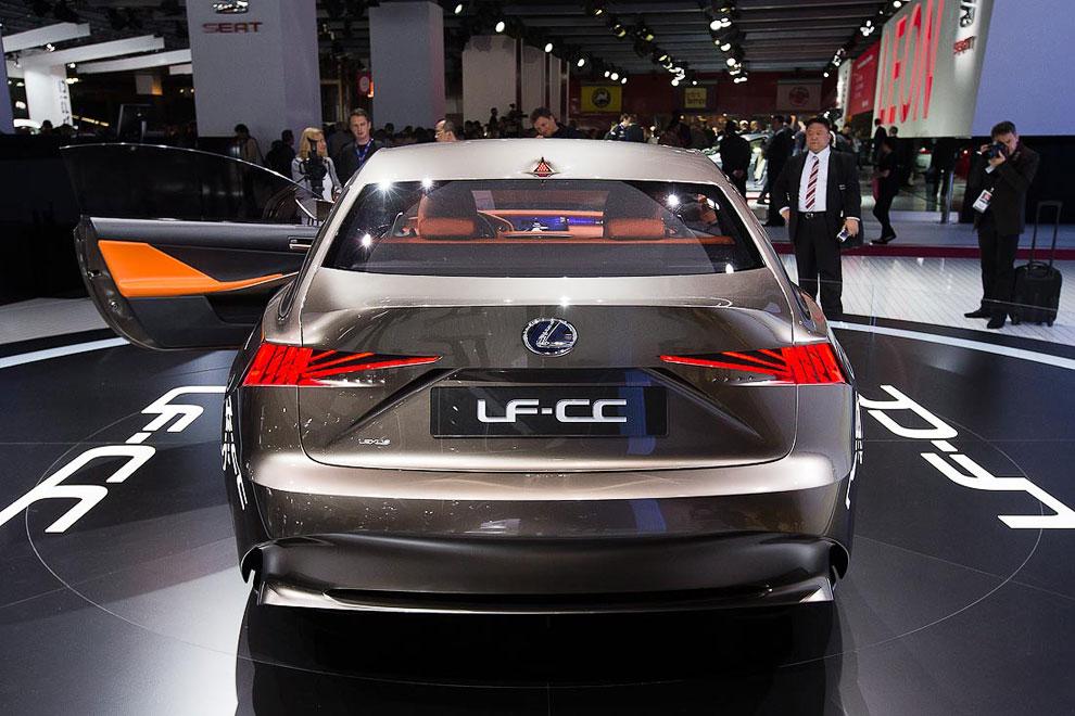 Lexus LF-CC