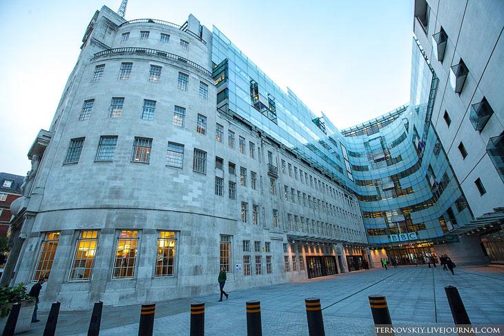 Офис медиакорпорации BBC в Лондоне