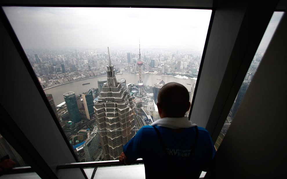 20 октября 2012 во Шанхайском всемирном финансовом центре прошел необычный марафон