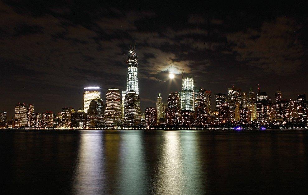 Ночной Манхэттен, Нью-Йорк и река Гудзон