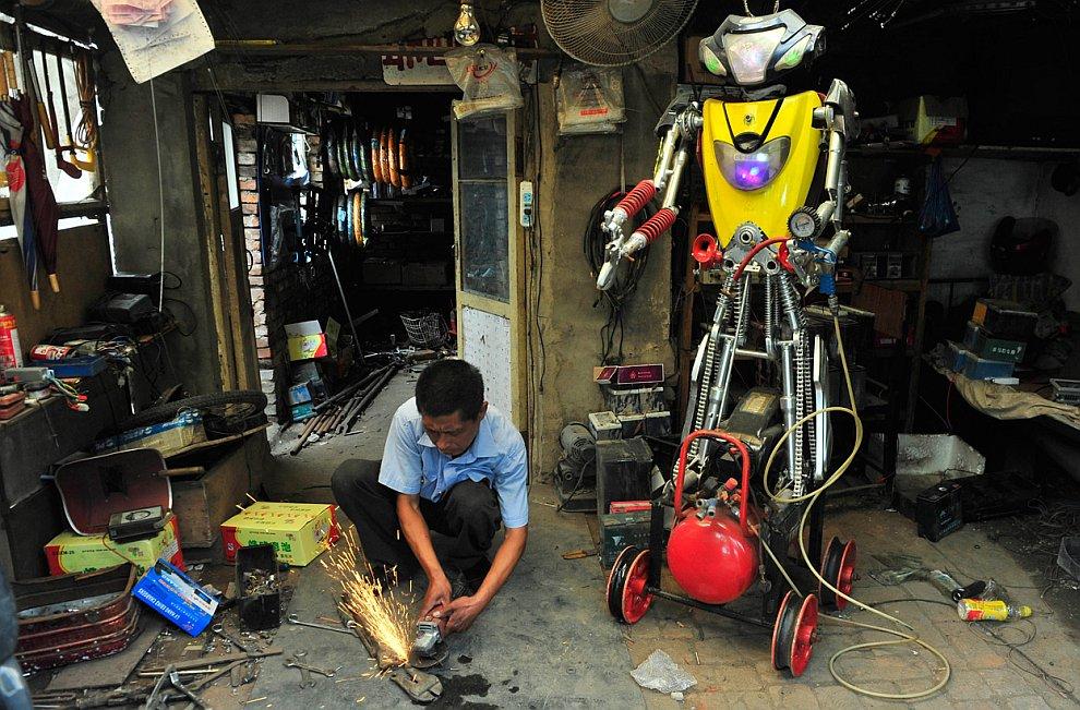 Робот-шиномонтажник