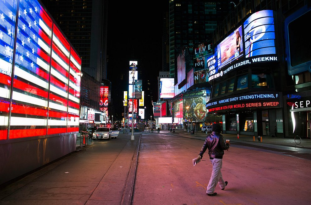 Улицы Нью-Йорка опустели