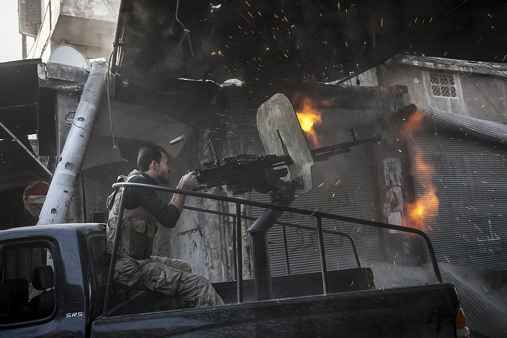 Власти Сирии во главе с президентом заявляют, что сталкиваются с сопротивлением хорошо вооруженных боевиков