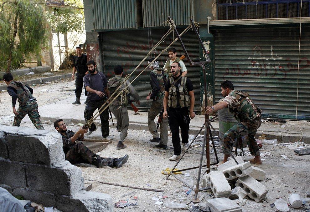 Власти Сирии заявляют, что сталкиваются с сопротивлением хорошо вооруженных боевиков