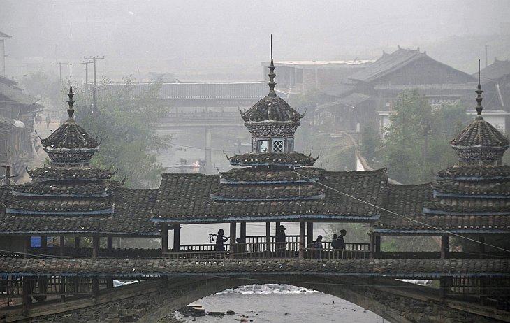 Старинный мостик в провинции Гуйчжоу