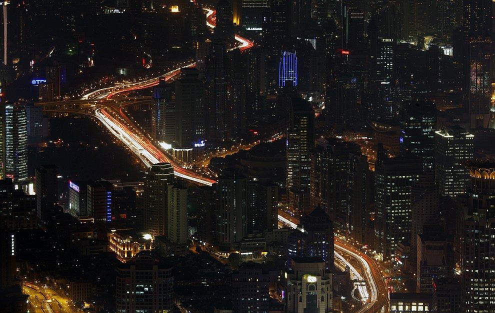 Ночное шоссе в Шанхае