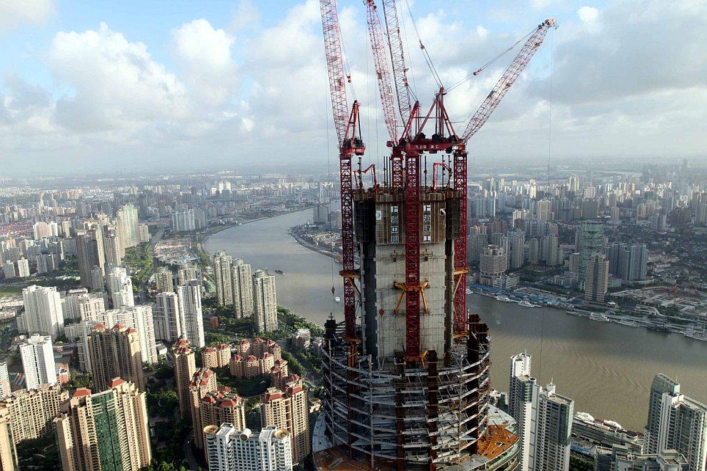 Продолжается строительство самого высокого здания в Шанхае