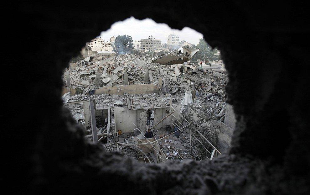 Разрушенное административное здание ХАМАС в городе Газа