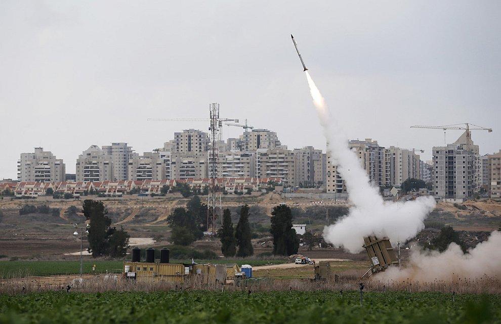Это пусковая установка упомянутой выше системы противоракетной обороны Израиля «Железный купол»