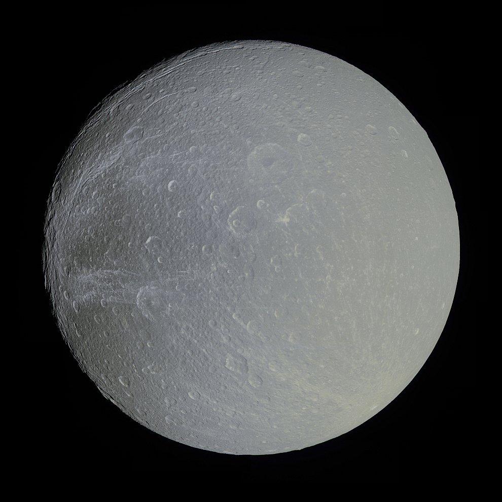 Спутник Сатурна Диона