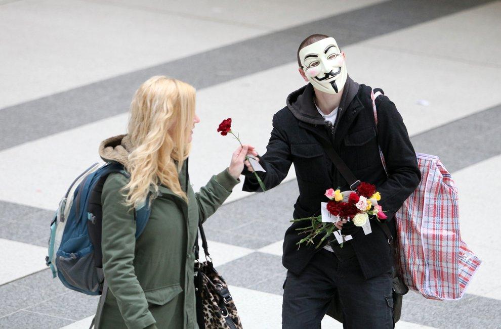 Интеллигентный демонстрант из Лондона