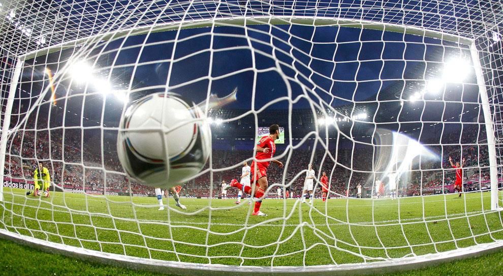 Игра сборной России в первом матче Евро-2012