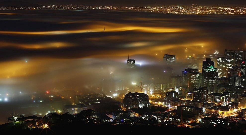 Сезонный туман над Кейптауном