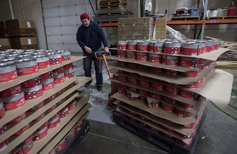 Многие фирмы переключились на производство и поставки консервированных продуктов