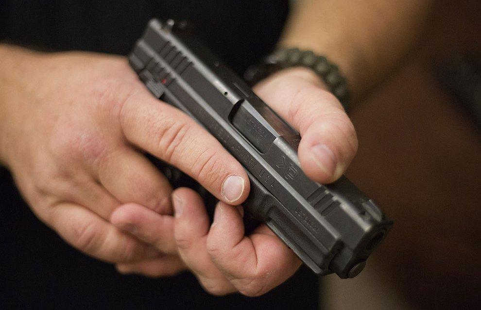 В Америке, помешанной на оружии, в последнее время активно скупалось огнестрельное оружие