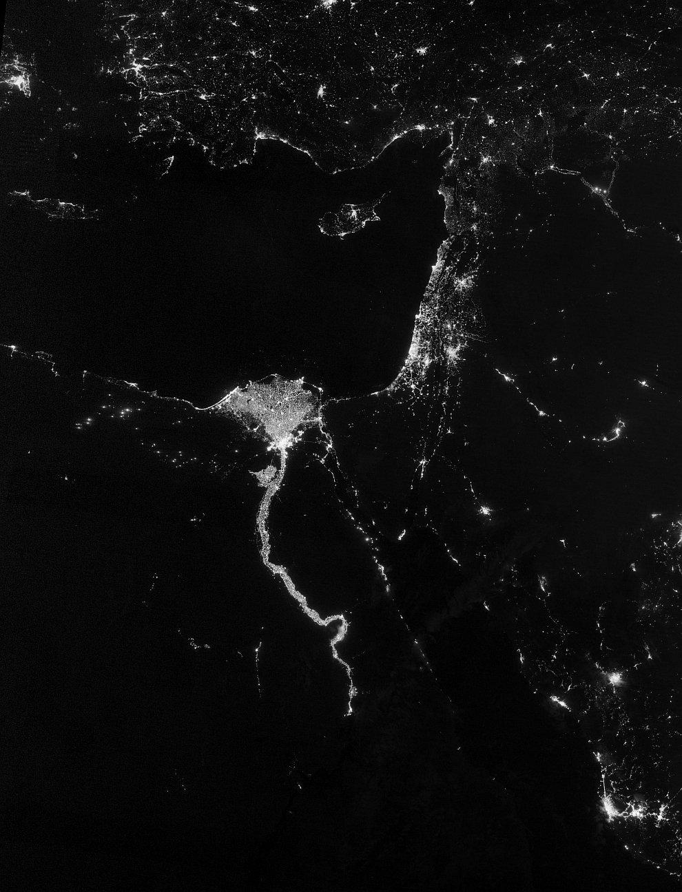 Река Нил в Африке, одна из двух величайших по протяжённости рек в мире