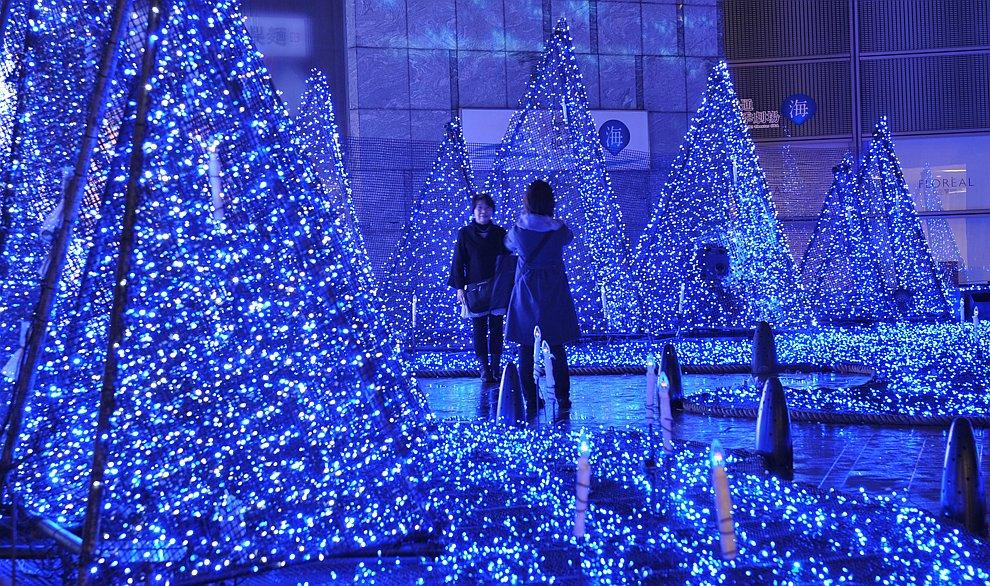 Новогодняя светодиодная иллюминация в Токио