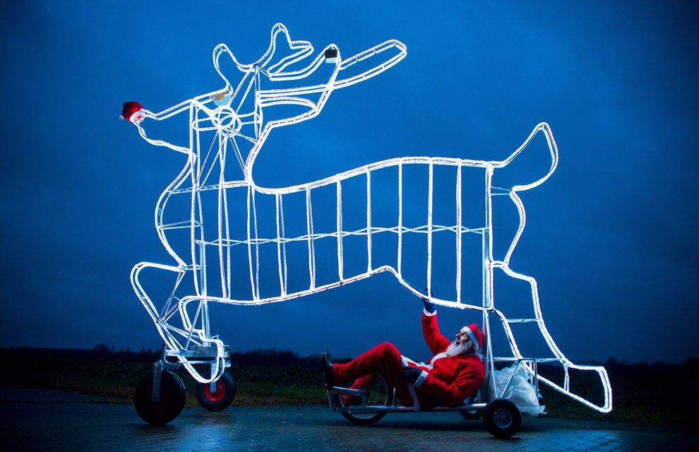 Немецкий дизайнер разработал новогодний вариант велосипеда