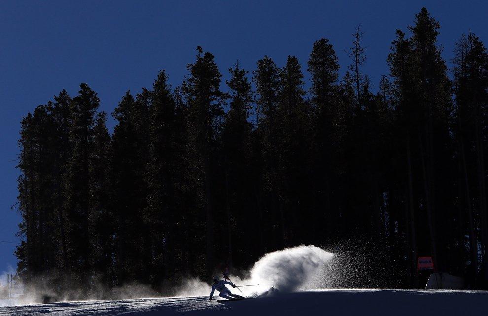Зима — очевидно, лучшее время, чтобы прокатиться на лыжах