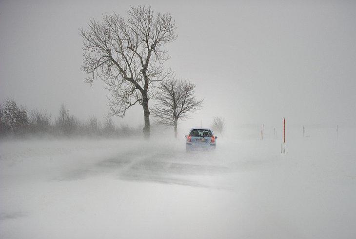 Зимняя дорога в Либенау, Германия