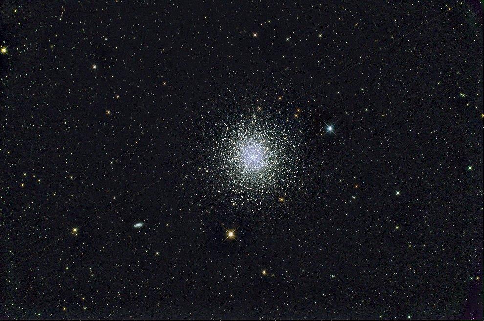 Шаровое скопление в созвездии Геркулеса